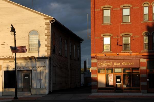 Main Street Fall Light, Middletown, Connecticut USA